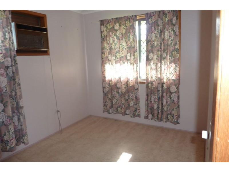 8 Ruby Street, Aldershot QLD 4650