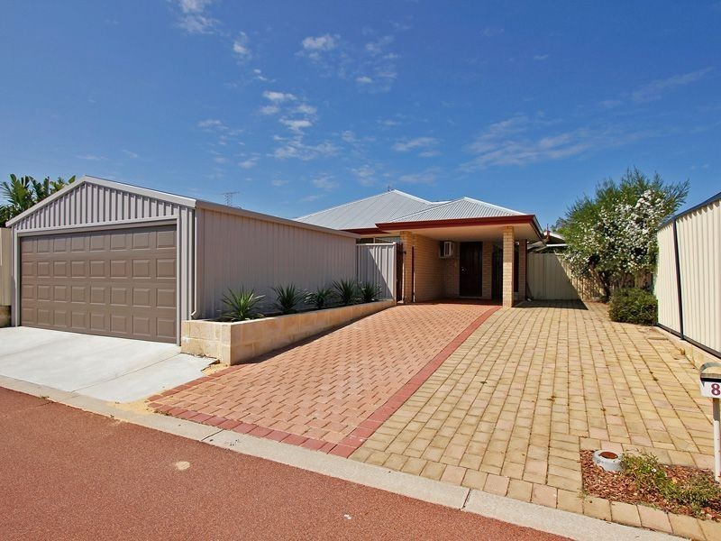 8 Arno Lane, Success WA 6164