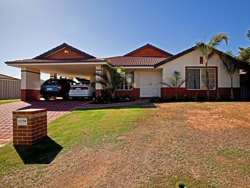 21 Glenmaggie Circuit, Success WA 6164