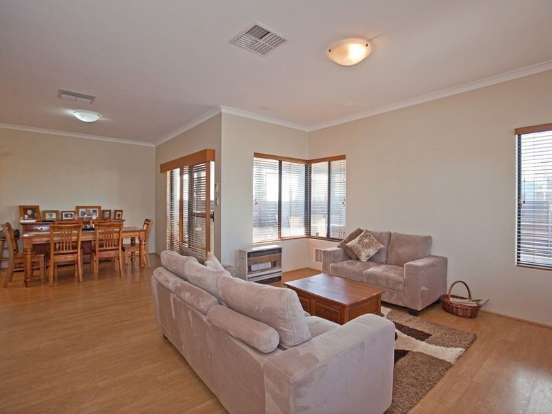 1/1 Meranda Lane, Success WA 6164