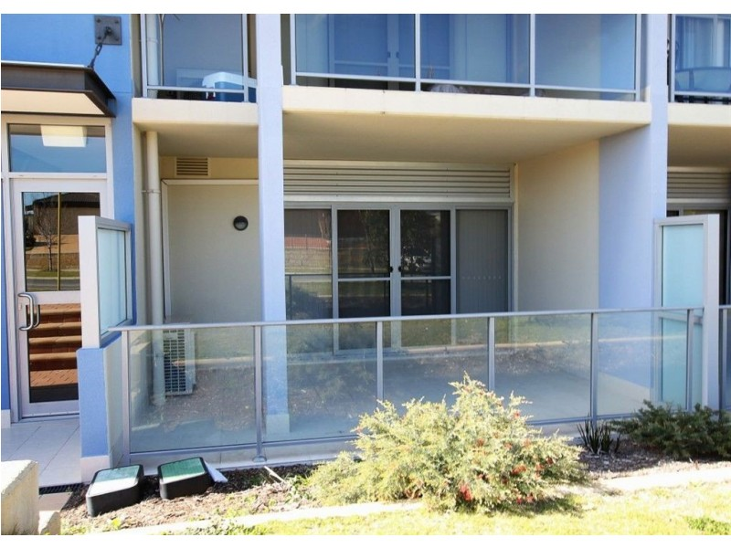 2/105 Wentworth Parade, Success WA 6164