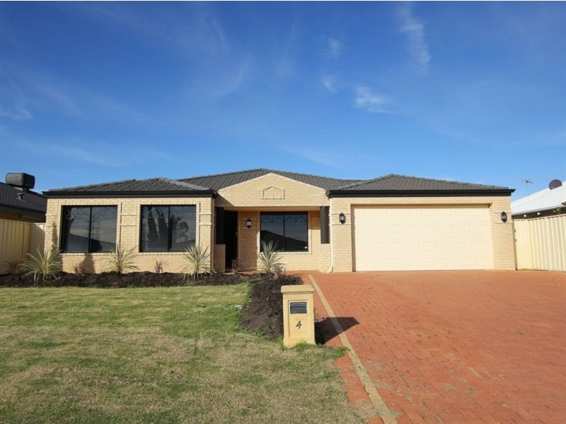 4 Marav Court, Success WA 6164