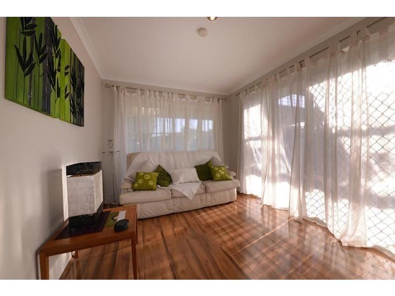 7 Canopy Court, Banksia Grove WA 6031