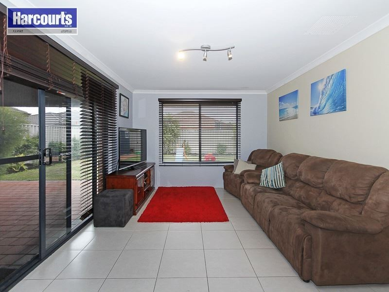 19 Compar Road, Banksia Grove WA 6031