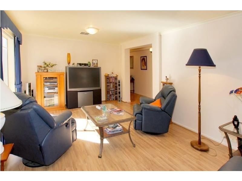 2 Hillside Court, Aberfoyle Park SA 5159