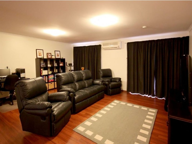 36 Roxanne Avenue, Aberfoyle Park SA 5159