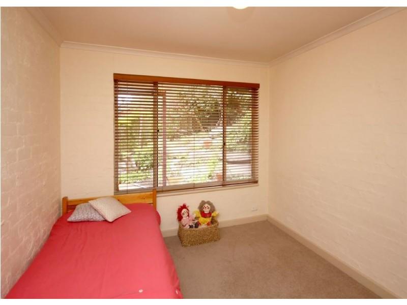 24 Banksia Road, Aberfoyle Park SA 5159