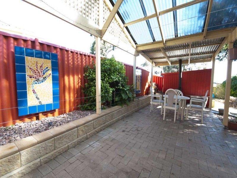 60 Oakridge Road, Aberfoyle Park SA 5159