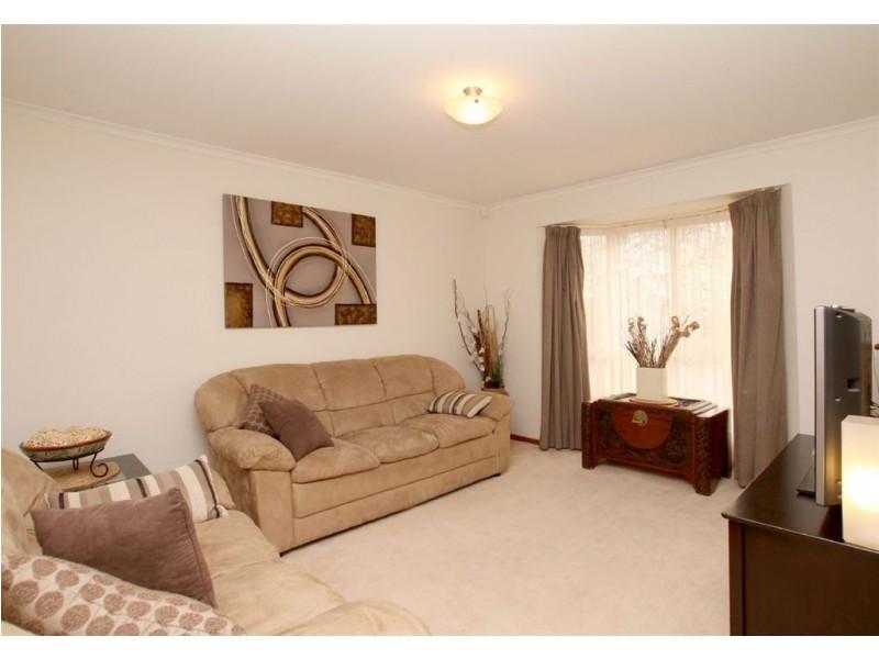 10 Lindsay Court, Aberfoyle Park SA 5159