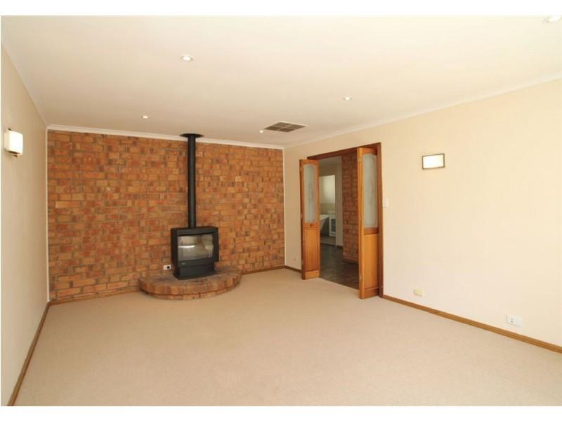3 Grevillea Road, Aberfoyle Park SA 5159