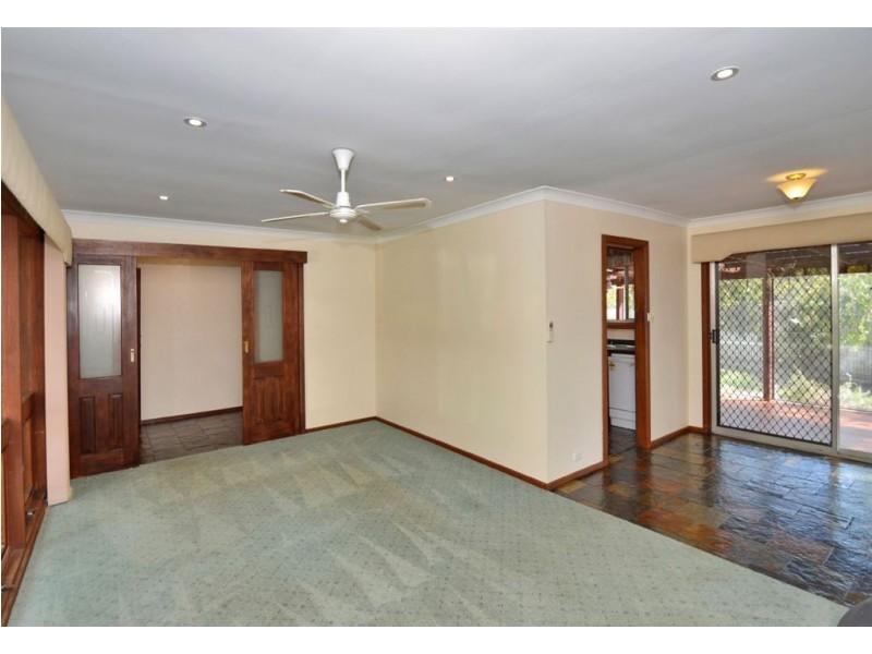 2 Ebor Crescent, Aberfoyle Park SA 5159