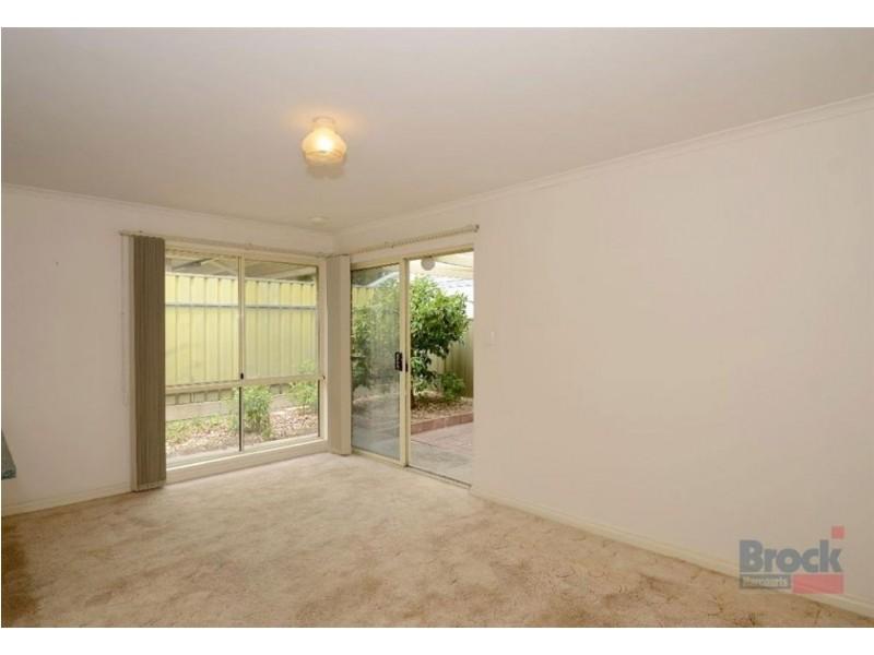 19 Lindsay Court, Aberfoyle Park SA 5159