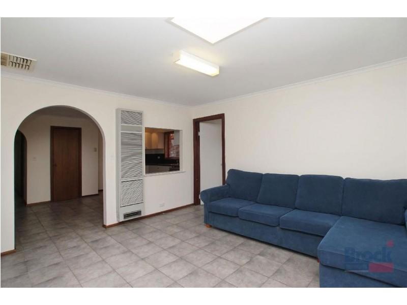 6 Alicia Street, Aberfoyle Park SA 5159