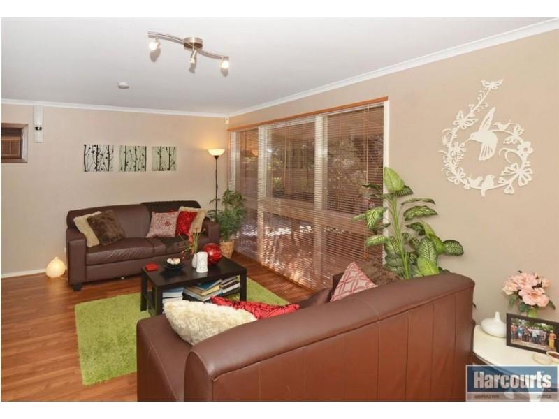 4 Veronica Street, Aberfoyle Park SA 5159