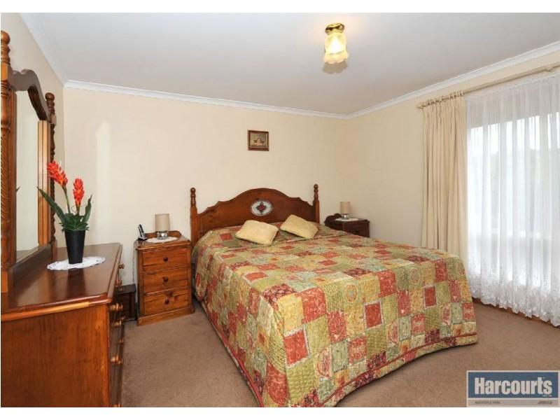 8 Glen Eyre Court, Aberfoyle Park SA 5159