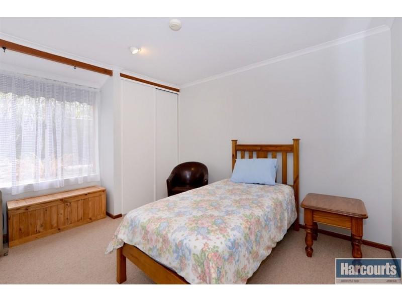 22 Alcatraz Street, Aberfoyle Park SA 5159
