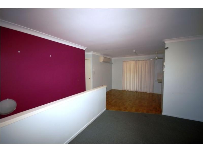 16 Hellas Street, Barlows Hill QLD 4703
