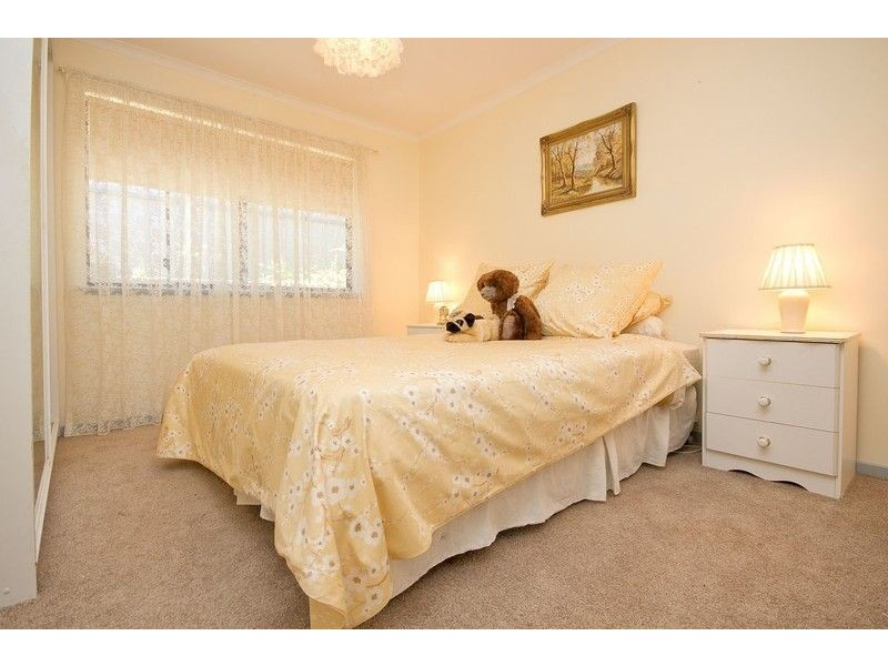 8 Cassia Court, Aberfoyle Park SA 5159