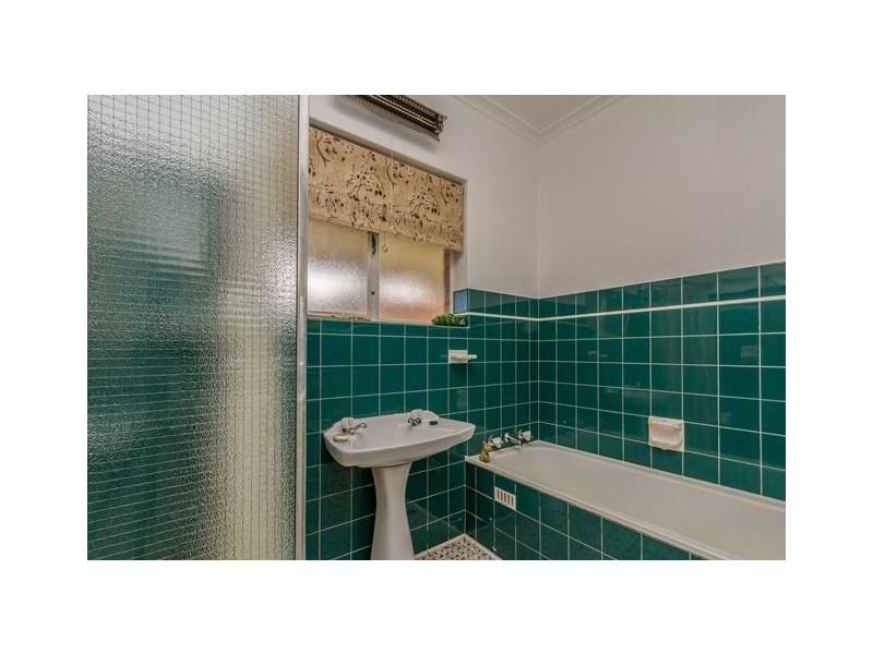 22 Colwood Avenue, Fulham SA 5024