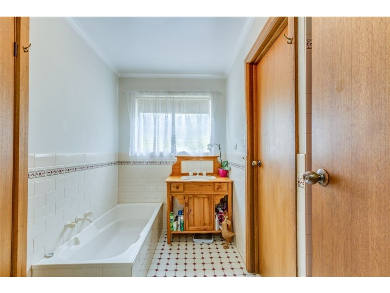 1/11 North Terrace (Princes Highway), Littlehampton SA 5250
