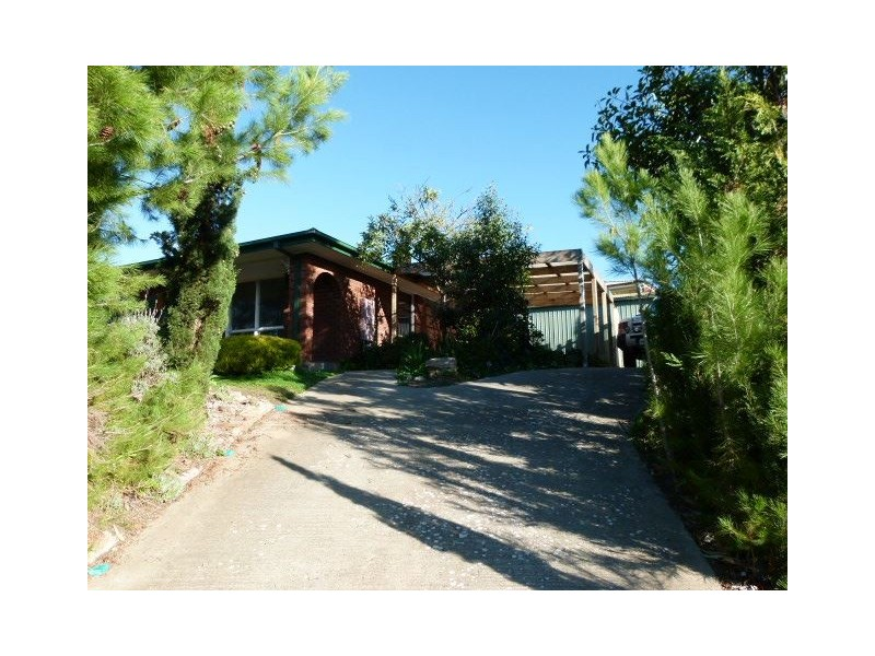 13 Shamrock Road, Hallett Cove SA 5158