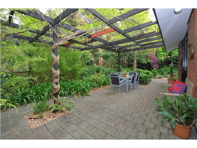 85 Sunnymeade Drive, Aberfoyle Park SA 5159
