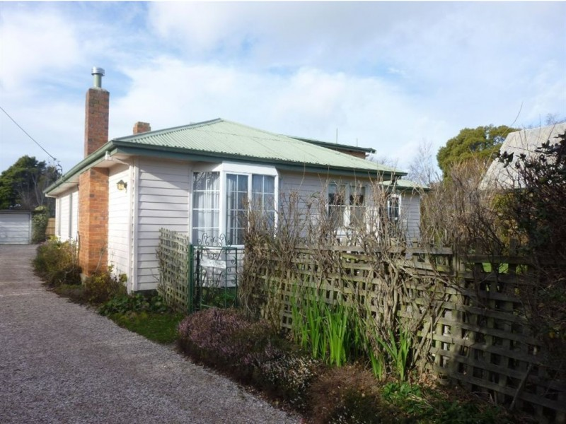 105 Wellington Street, Longford TAS 7301