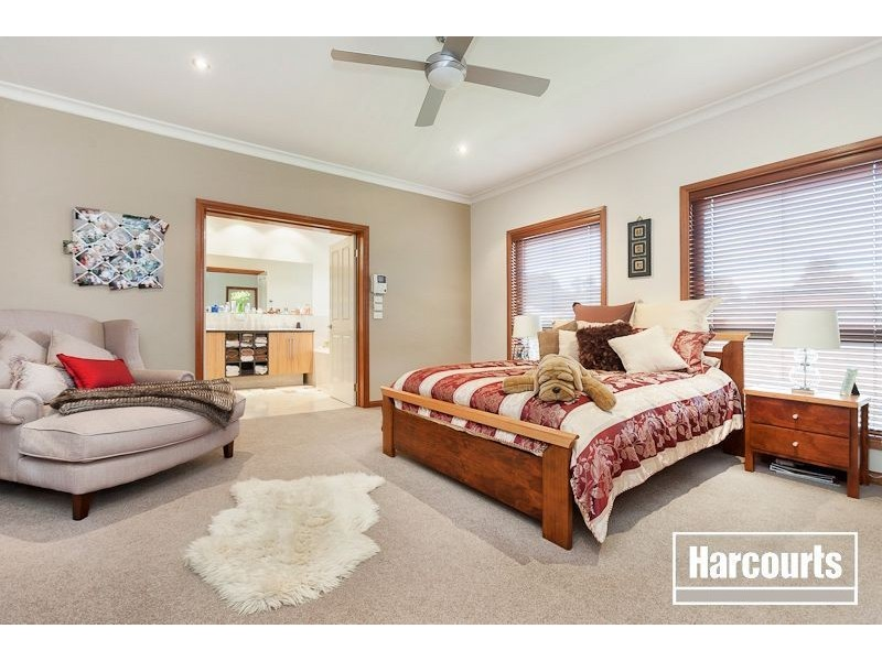28 Woods Point Drive, Beaconsfield VIC 3807
