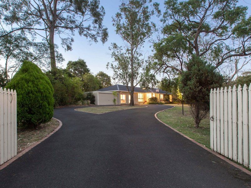 71 Allison Road, Mount Eliza VIC 3930