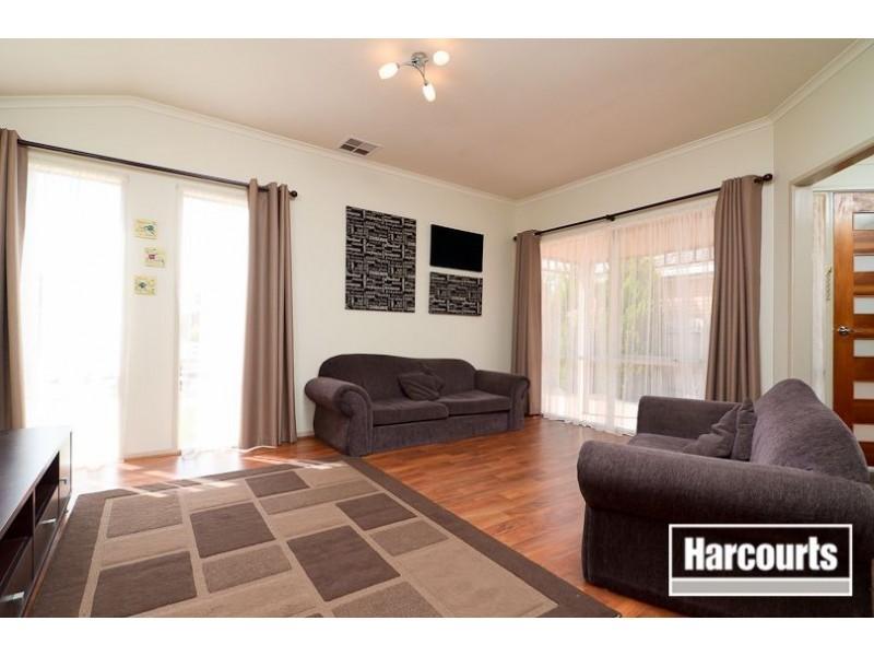 31 Baringa Park Drive, Narre Warren South VIC 3805