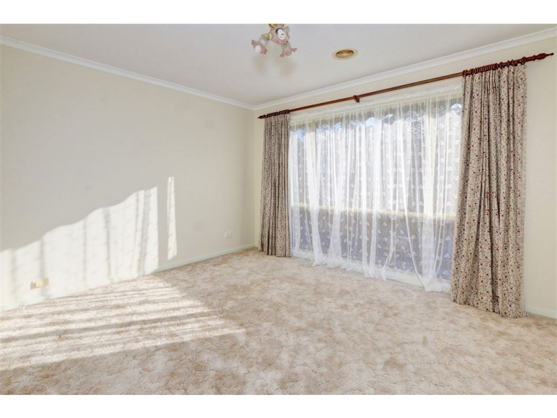 8 Banksia Place, Rosebud VIC 3939