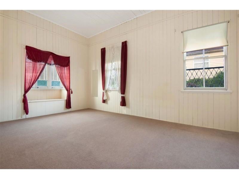 9 Atkinson Street, Hamilton QLD 4007
