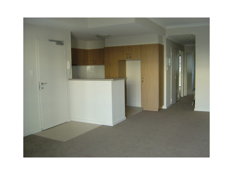 4/6 Ibera Way, Success WA 6164