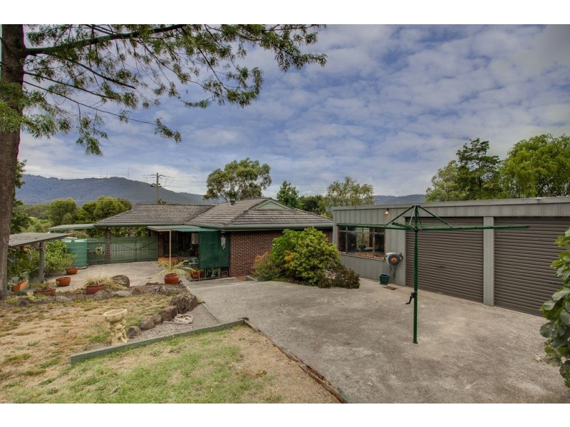 304 Colchester Road, Bayswater North VIC 3153