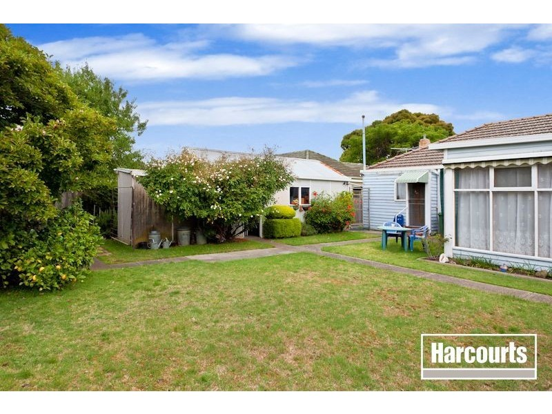 5 Wallace Avenue, Dandenong VIC 3175
