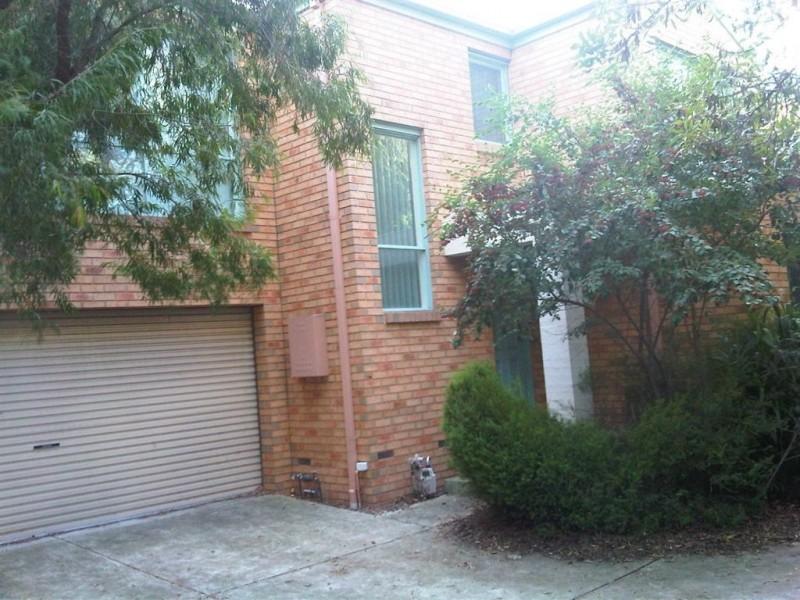 1/8 Fortuna Street, Clayton VIC 3168