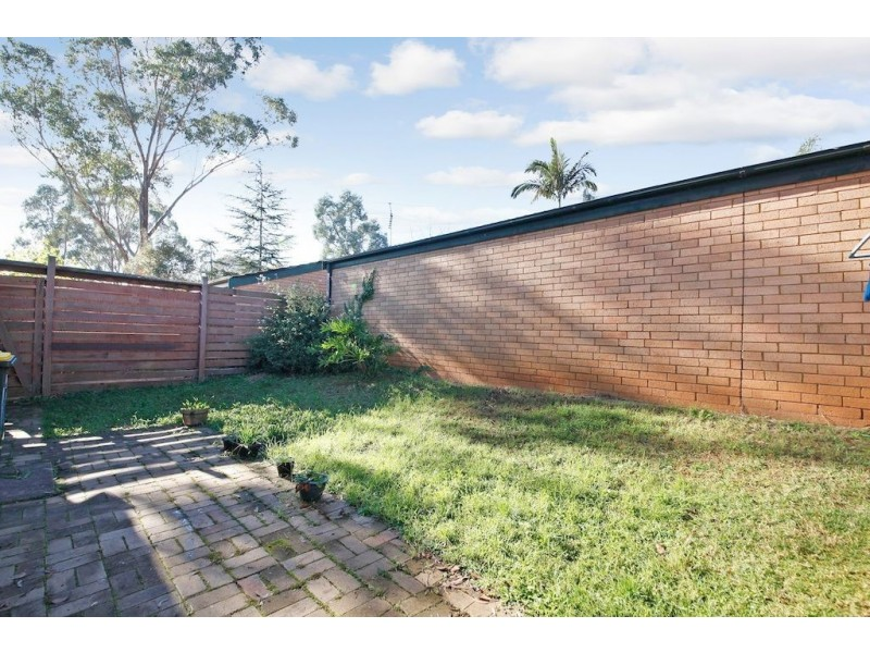 10/1 Throsby Way, Ambarvale NSW 2560
