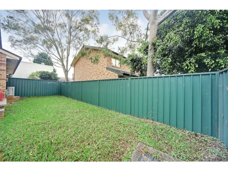 5/33 Woodhouse Drive, Ambarvale NSW 2560