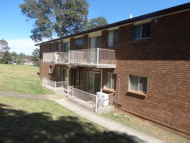 10/3 Lavinia Place, Ambarvale NSW 2560