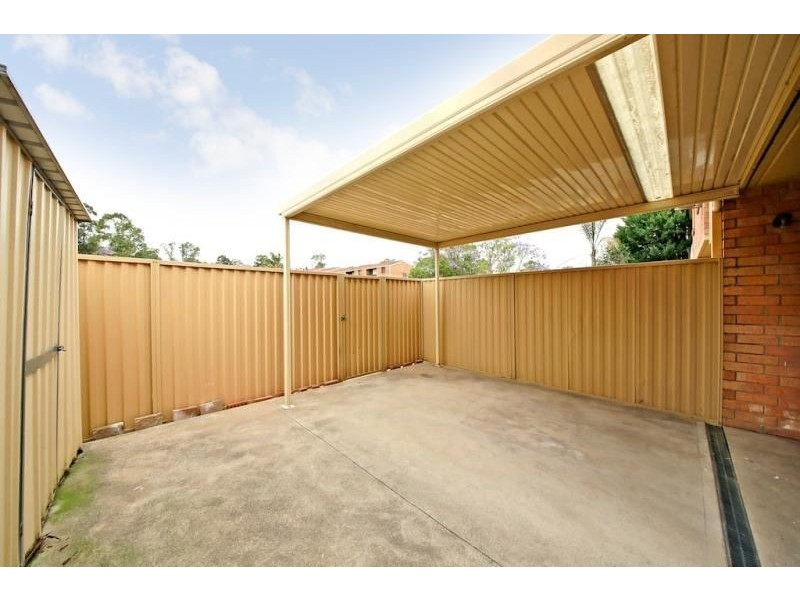16/42 WOODHOUSE DRIVE, Ambarvale NSW 2560