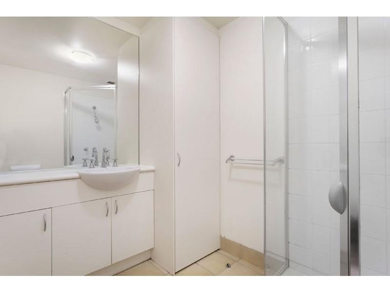 4123/550 Lygon Street, Carlton VIC 3053