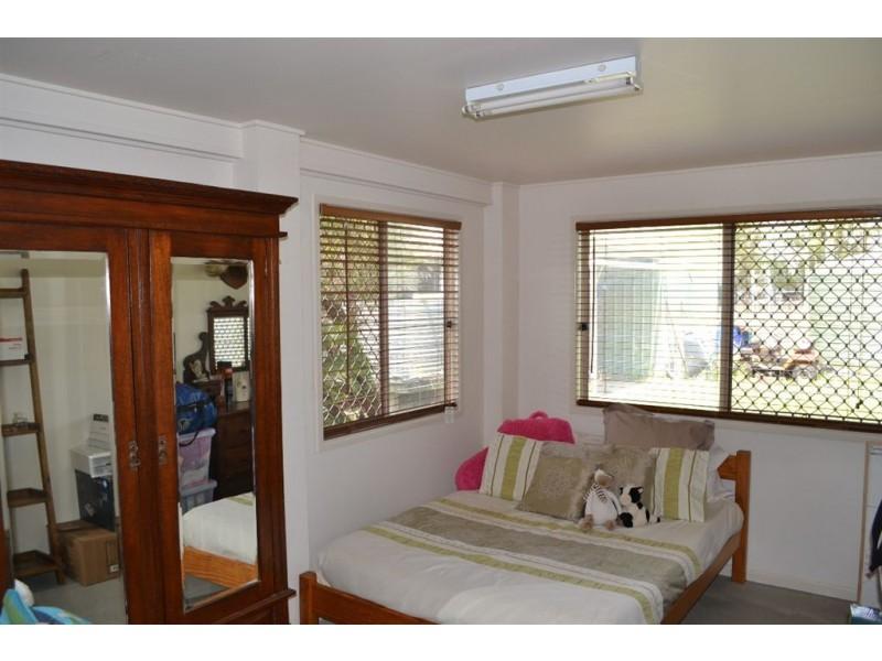 323 E Williams Road, Kabra QLD 4702