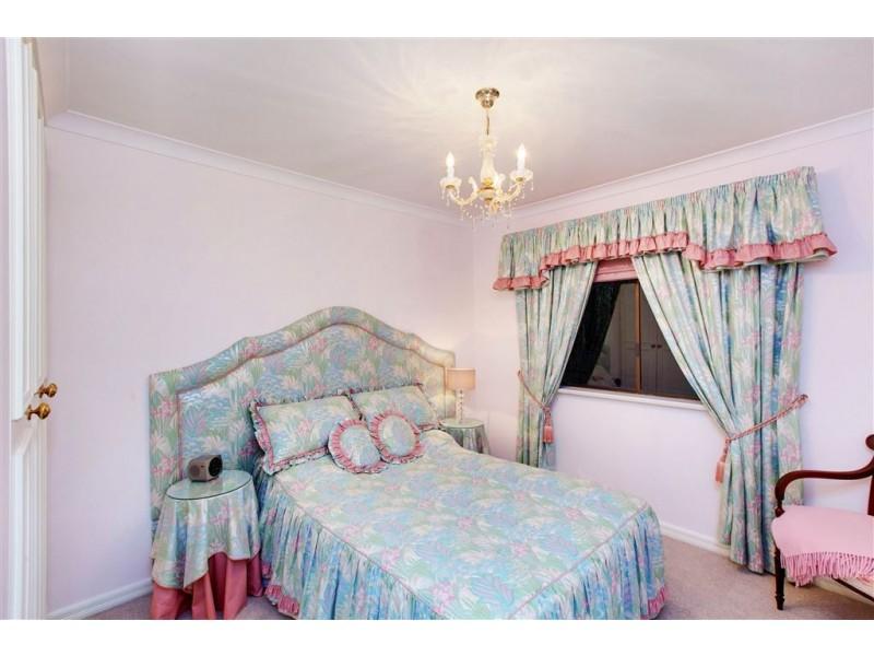 5 Rawson Penfold Drive, Rosslyn Park SA 5072