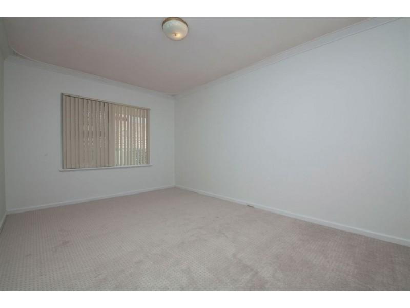71 Edeline Street, Spearwood WA 6163