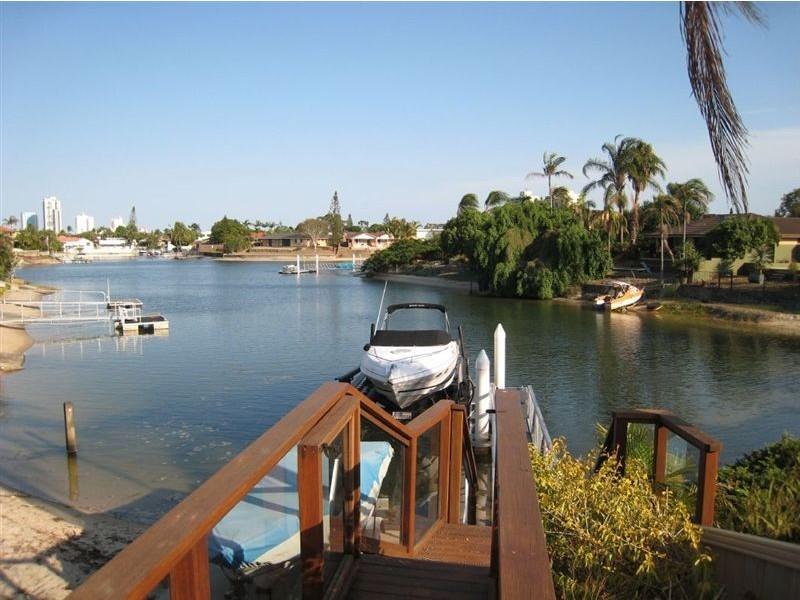 144 Rio Vista Blvd, Broadbeach Waters QLD 4218