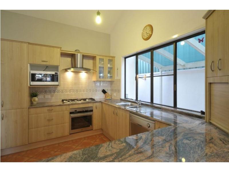 54 Clear Island Road, Broadbeach Waters QLD 4218