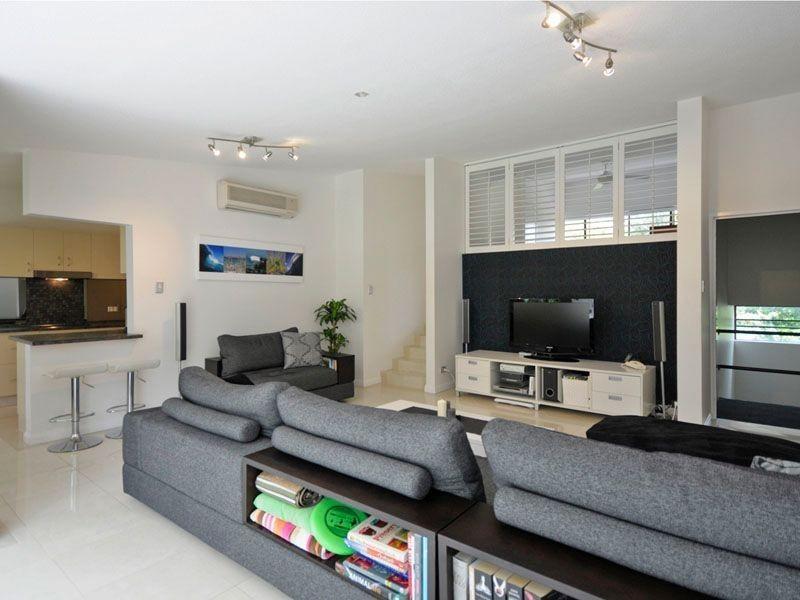 11/32 Rudd Street, Broadbeach Waters QLD 4218