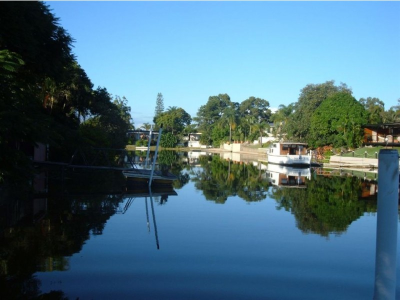 19 Key West, Broadbeach Waters QLD 4218
