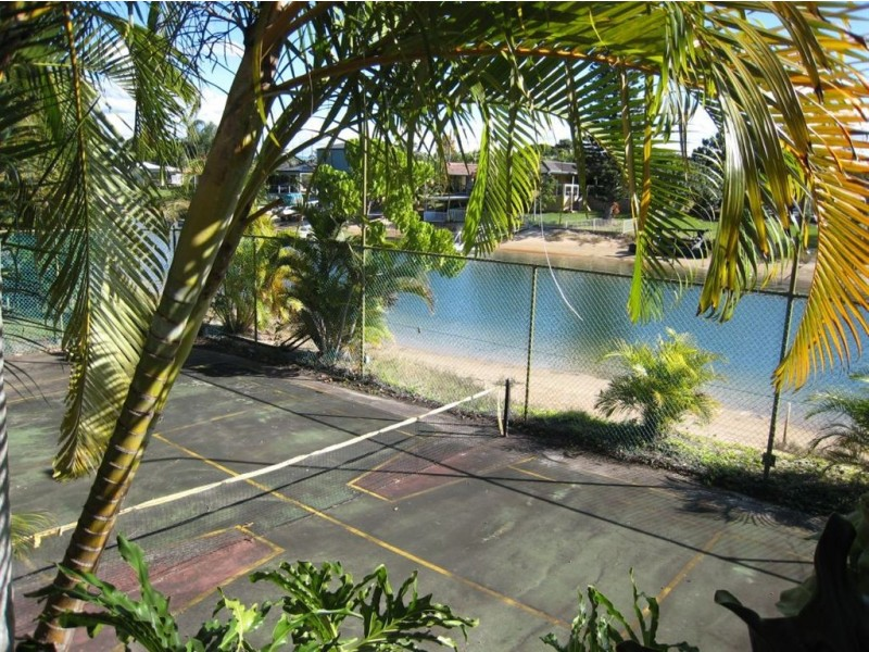 41 Park Avenue, Broadbeach Waters QLD 4218