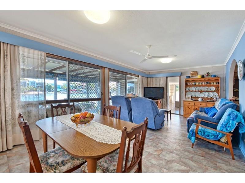 34 Sophie Ave, Broadbeach Waters QLD 4218